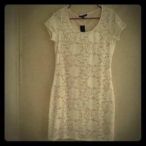 White Lace Tiana B Short Sleeve Dress NWT